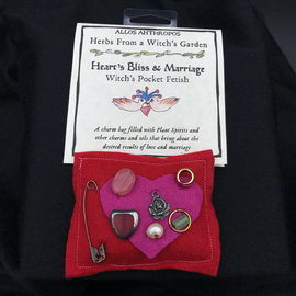 Heart's Bliss & Marrige Witch's Pocket Fetish - Herbs from a Witch's Garden