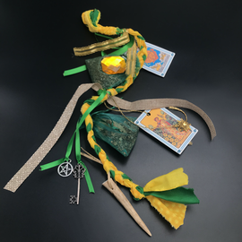 Salem Witches' Money Spell Cord