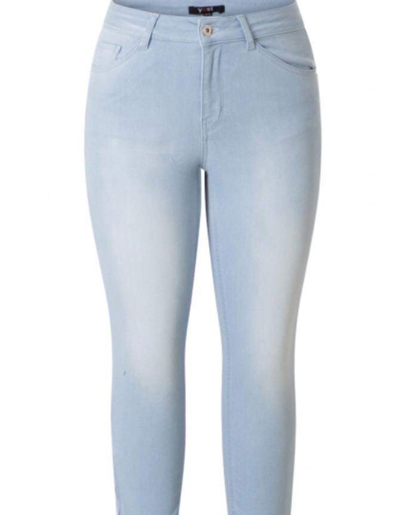 Yest Yest Denim Capri with Zip details at the ankle 39647