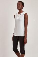 Point Zero Point Zero 8454753 Sleeveless Knit Top with V Neck