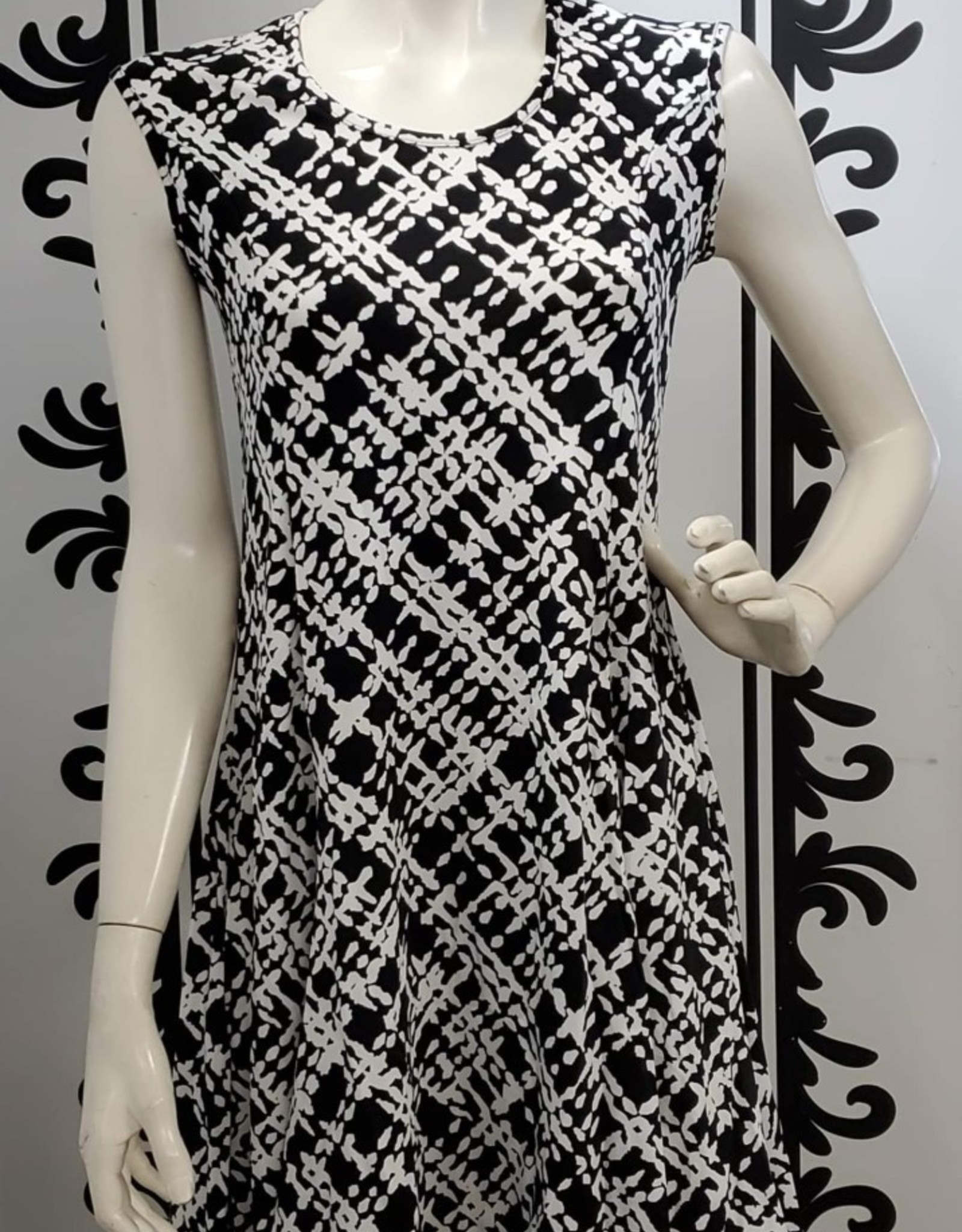 Keren Hart Black and white print dress 44027