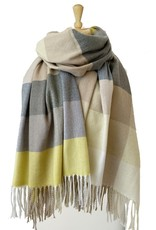 Caracol Caracol 6112 Large and Soft Plaid Pattern Scarf