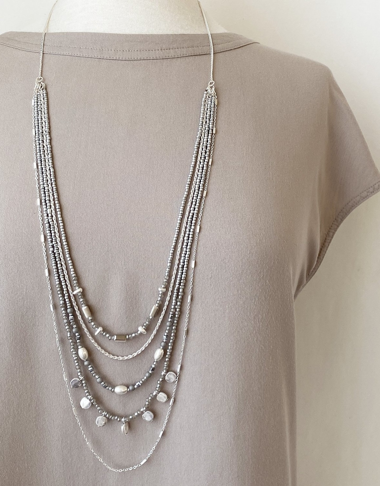 Caracol Caracol 1478 Long Triple Chain Necklace