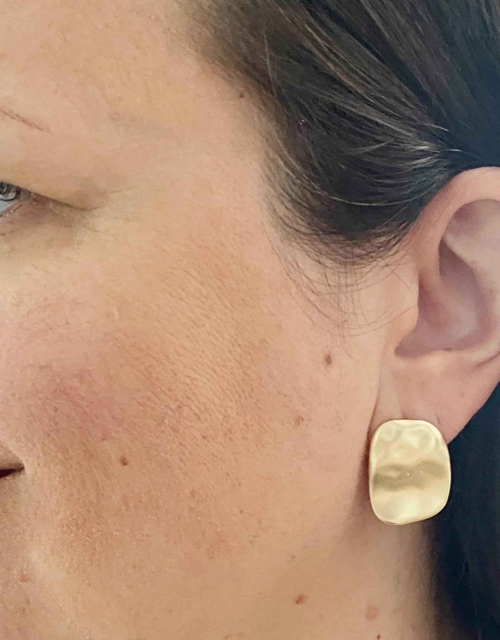 Caracol Caracol 2426 Textured Metallic Earrings in Worn Finish