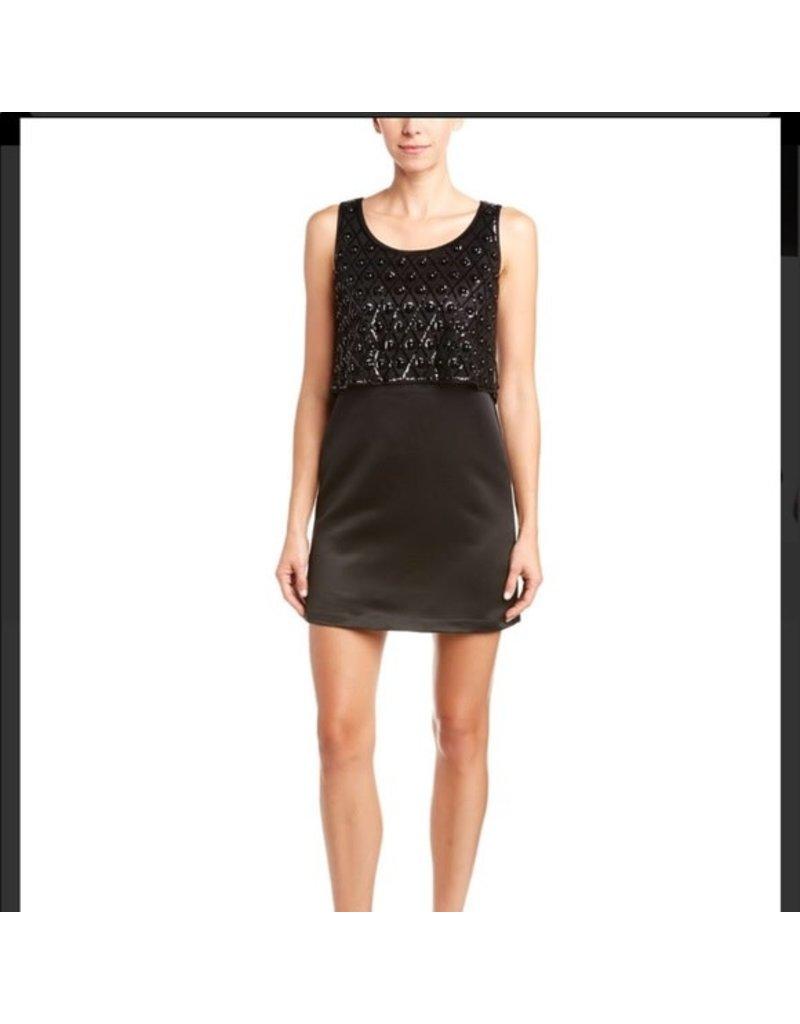 DIVERSEN SALE SOPHIA SATIN DRESSES BLACK 02