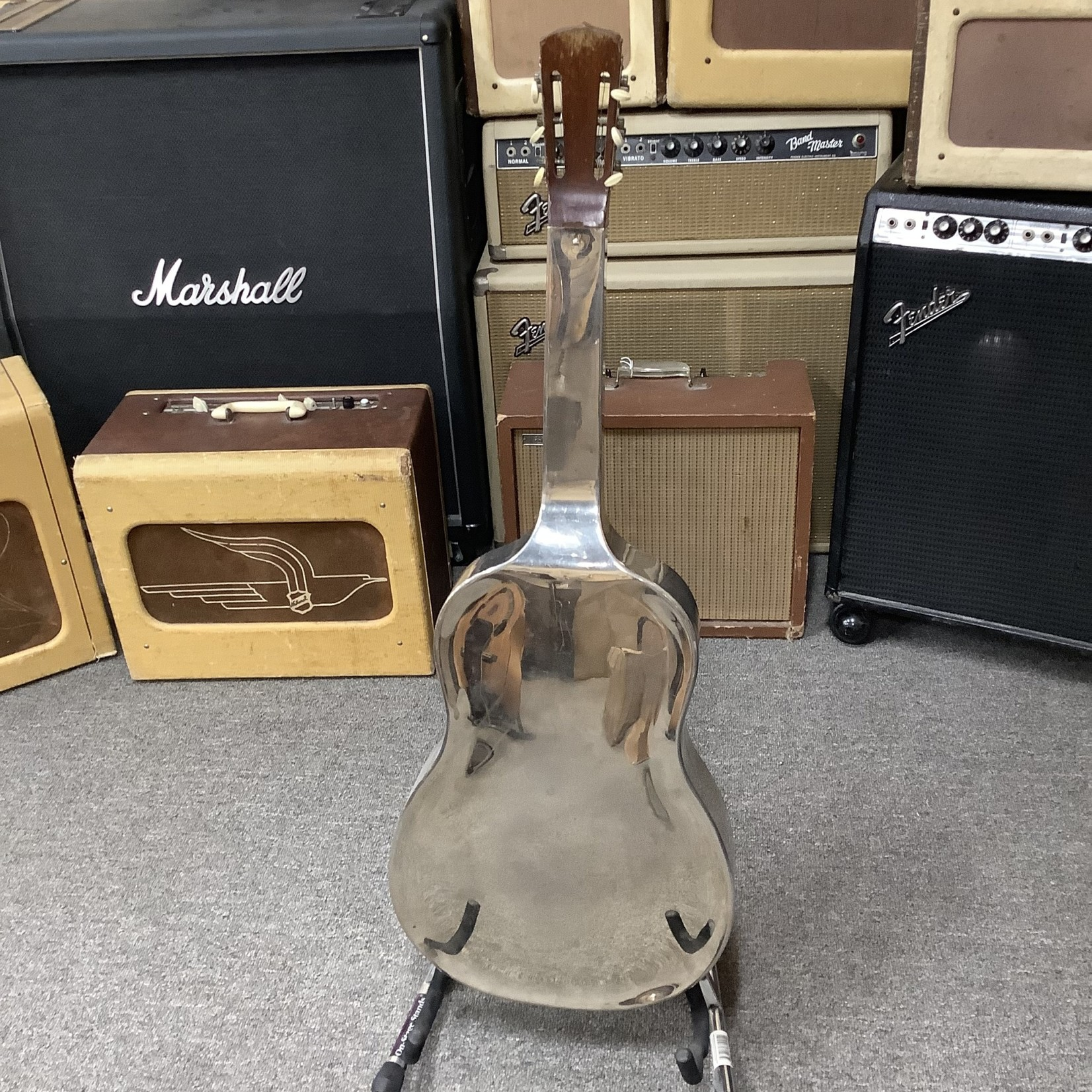 National 1930's National Tricone Square Neck