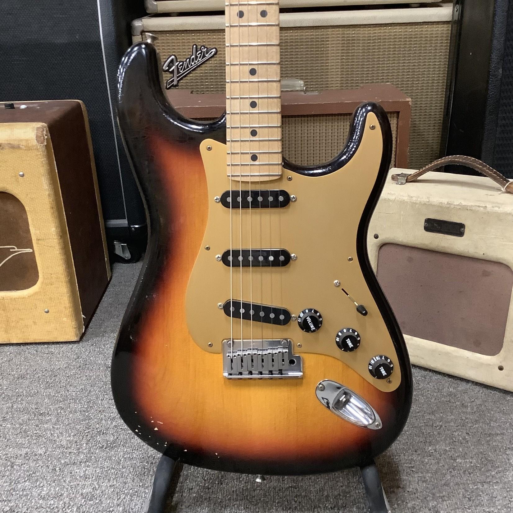 Fender Fender Custom Shop Stratocaster Relic Pro Model