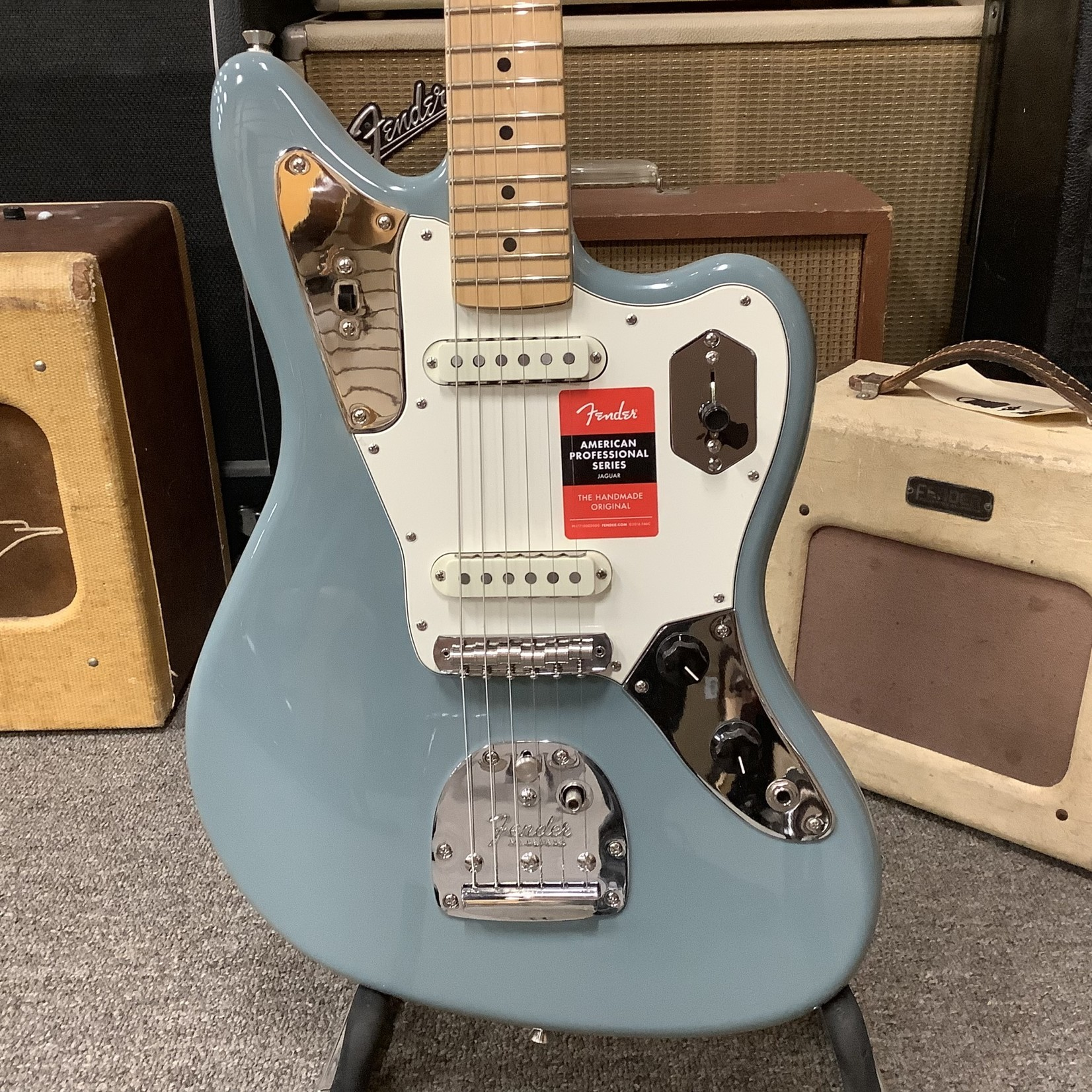 Fender Fender American Pro Jaguar
