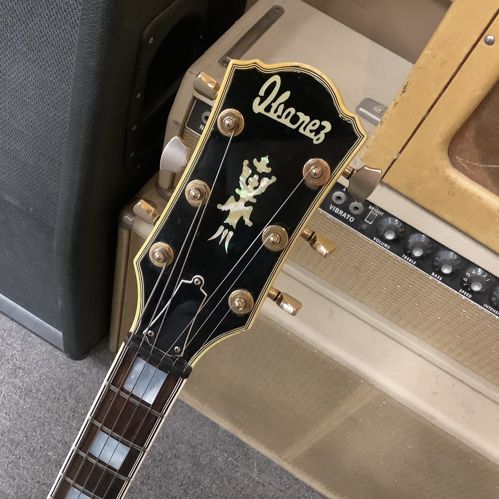 """Ibanez Ibanez """"George Benson"""" 2455 NT Signed By George Benson L4 Style"""