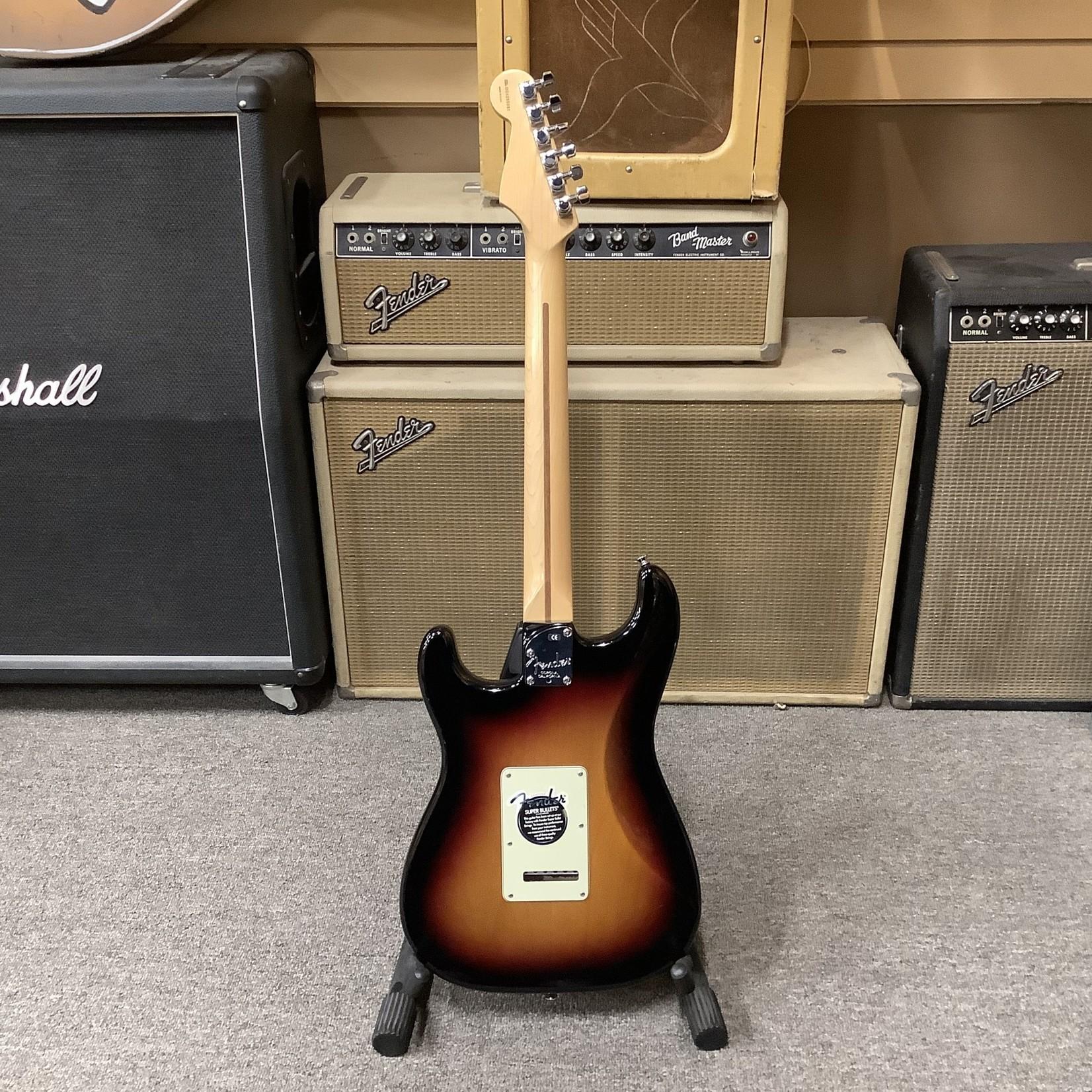 Fender American Deluxe Stratocaster HSS Sunburst