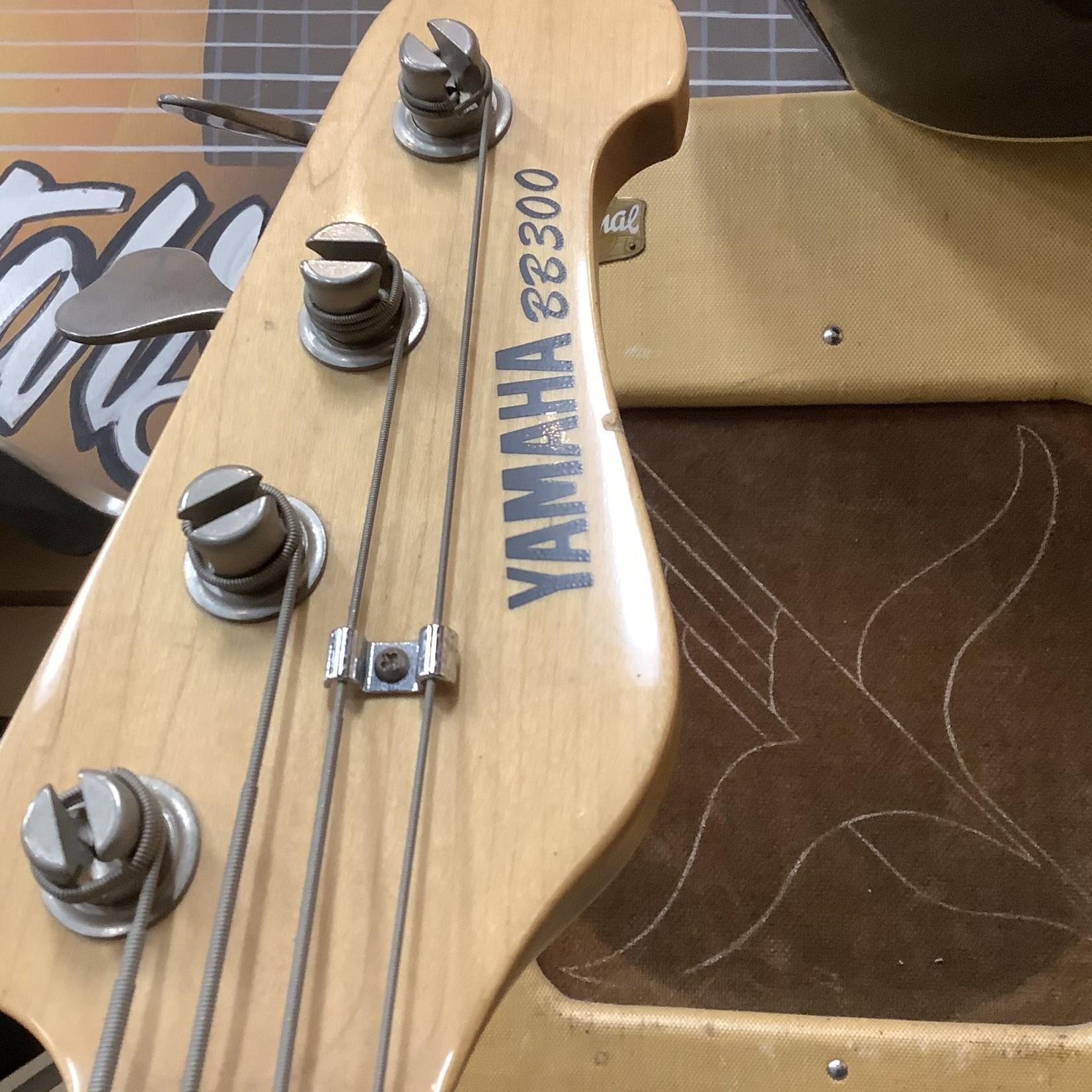Yamaha Yamaha BB-300 Bass-Red