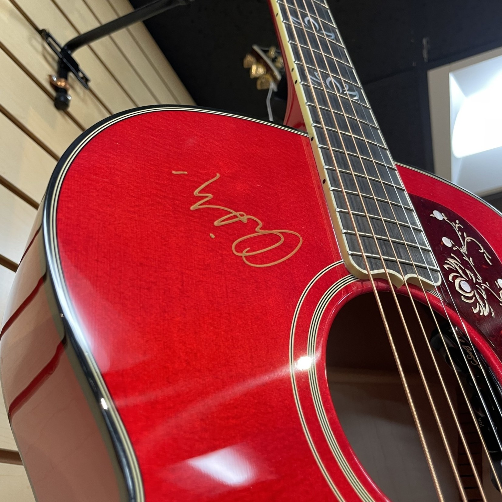 Gibson New Gibson SJ-200 Orianthi Signature Model Cherry Red