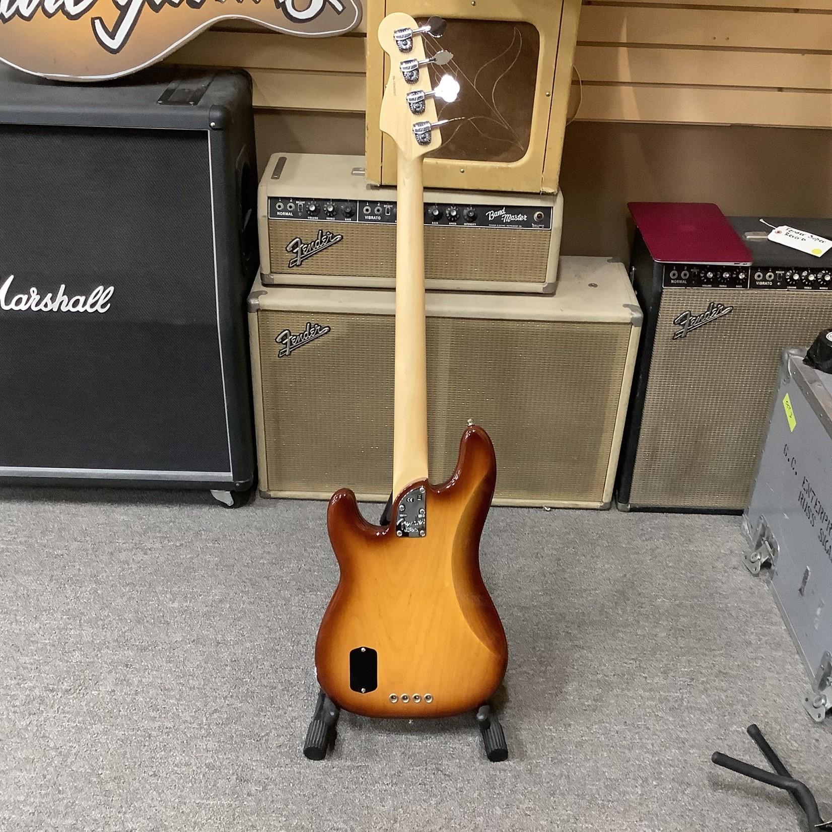 Fender 2016 Fender American Elite P-Bass Sunburst