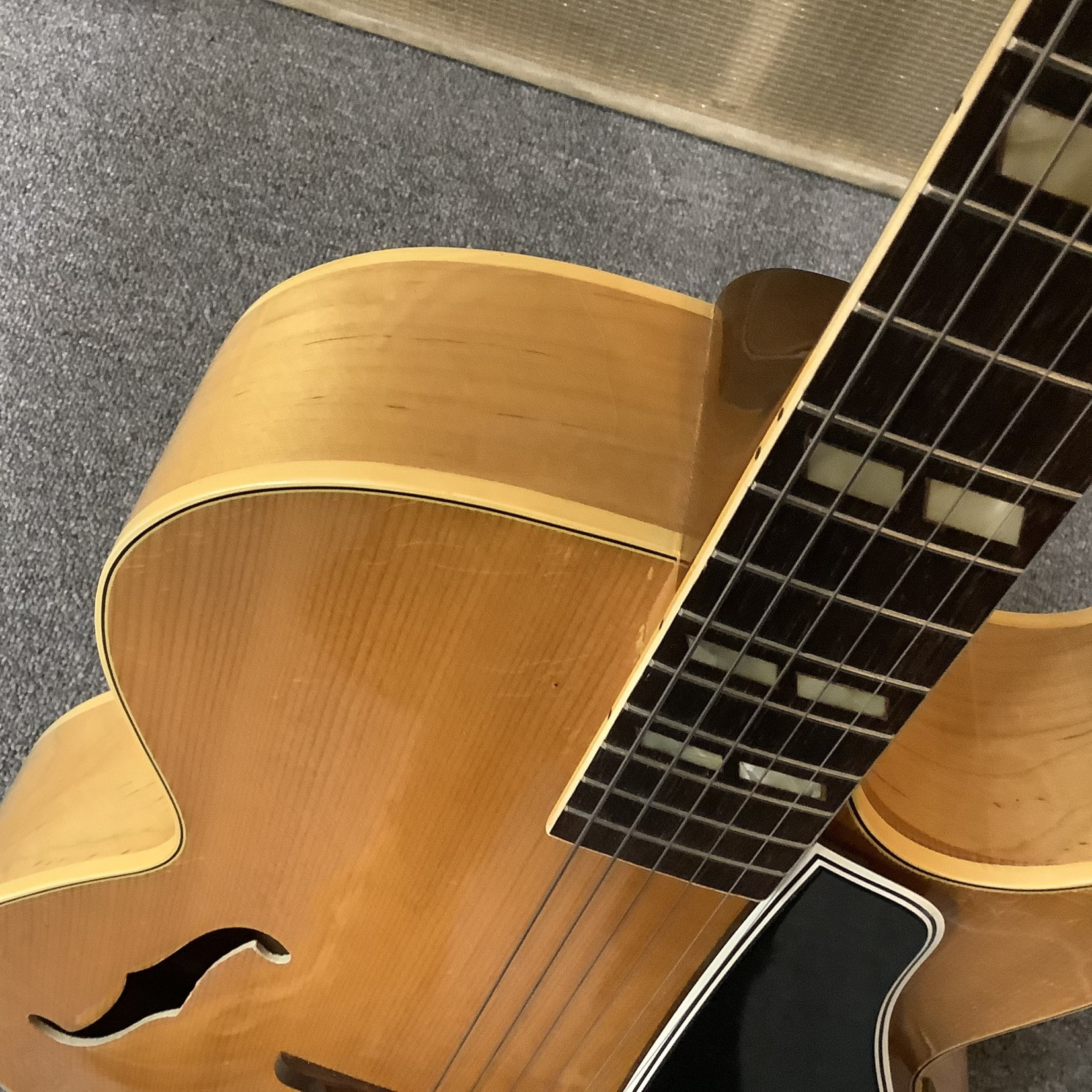 Gibson 1953 Gibson L4-C Blonde