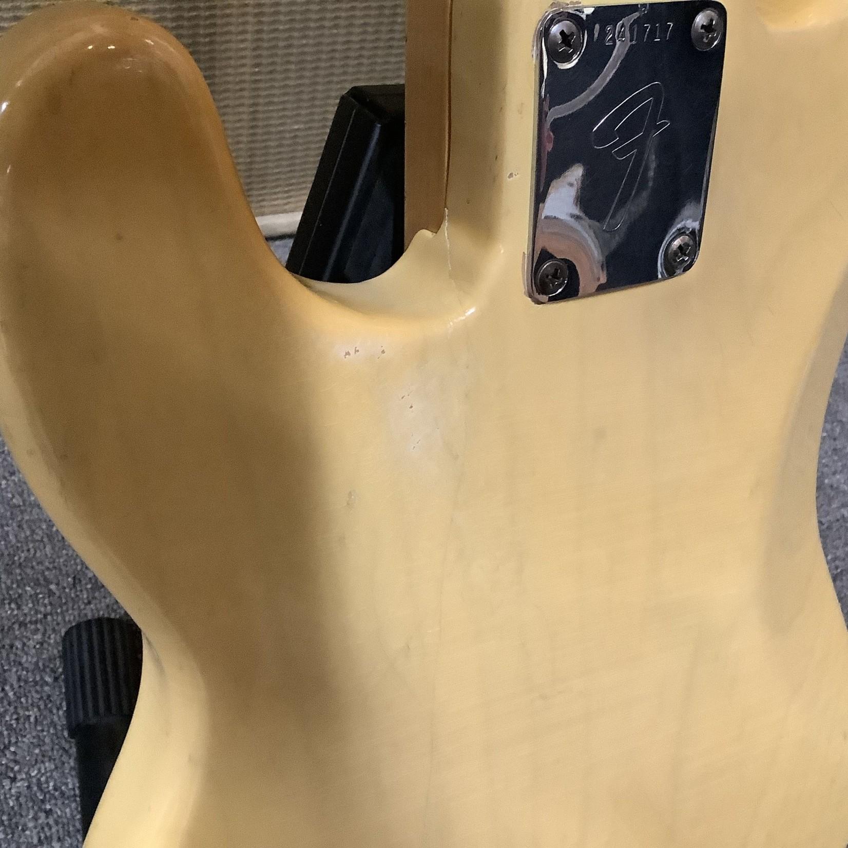 Fender 1968 Fender P-Bass Maple Cap See-Thru Blonde Over Ash
