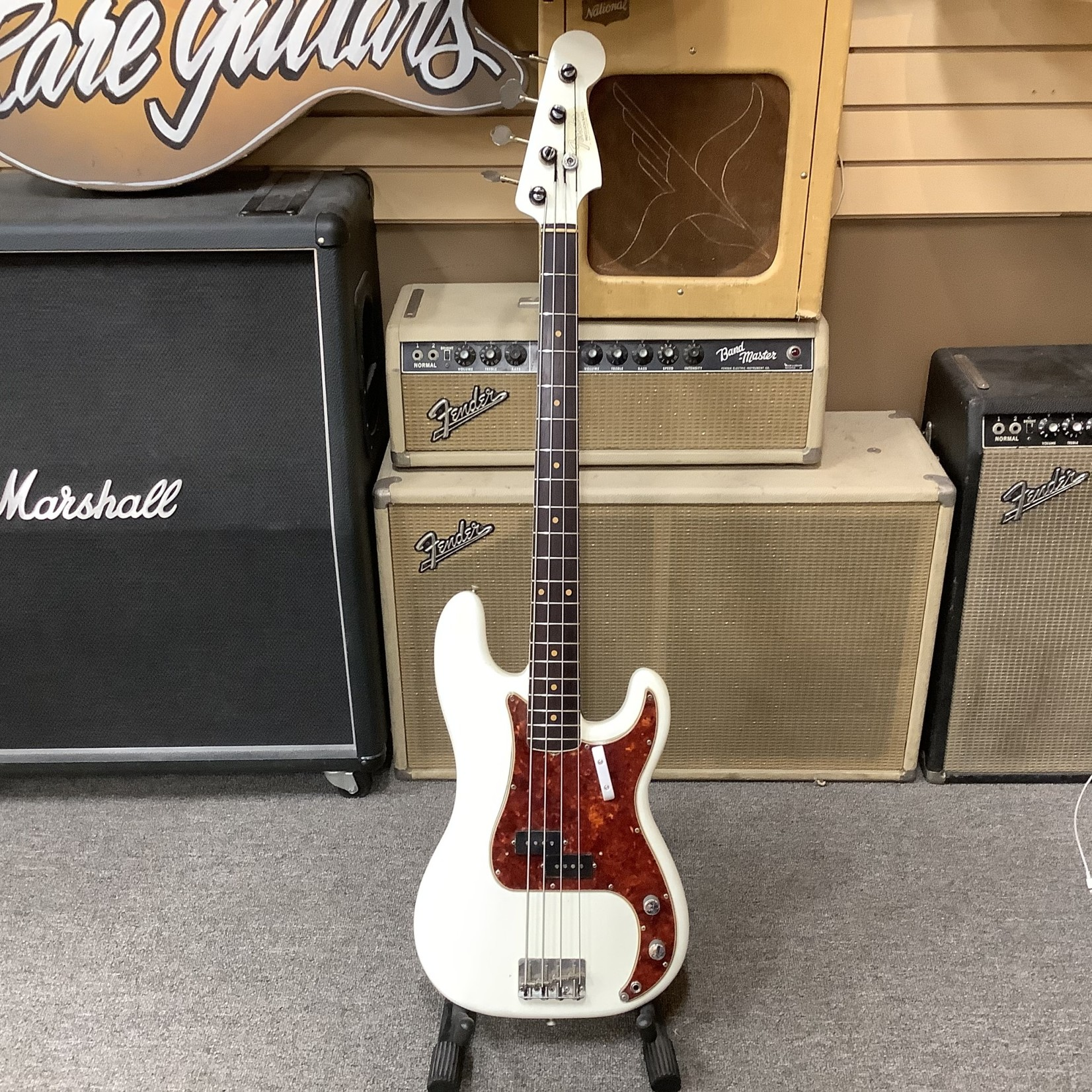 Fender 1961 Fender Precision Bass White Matching Headstock-Refinished Player Grade