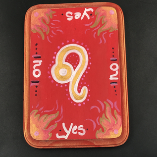 Leo Pendulum Board in Fire Red and Gold