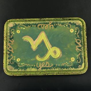 Capricorn Pendulum Board in Earth Green and Gold