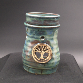 Oil Burner in Green with Tree