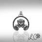 OMEN Laurie Cabot's Anu Goddess with Green Agate Pendant