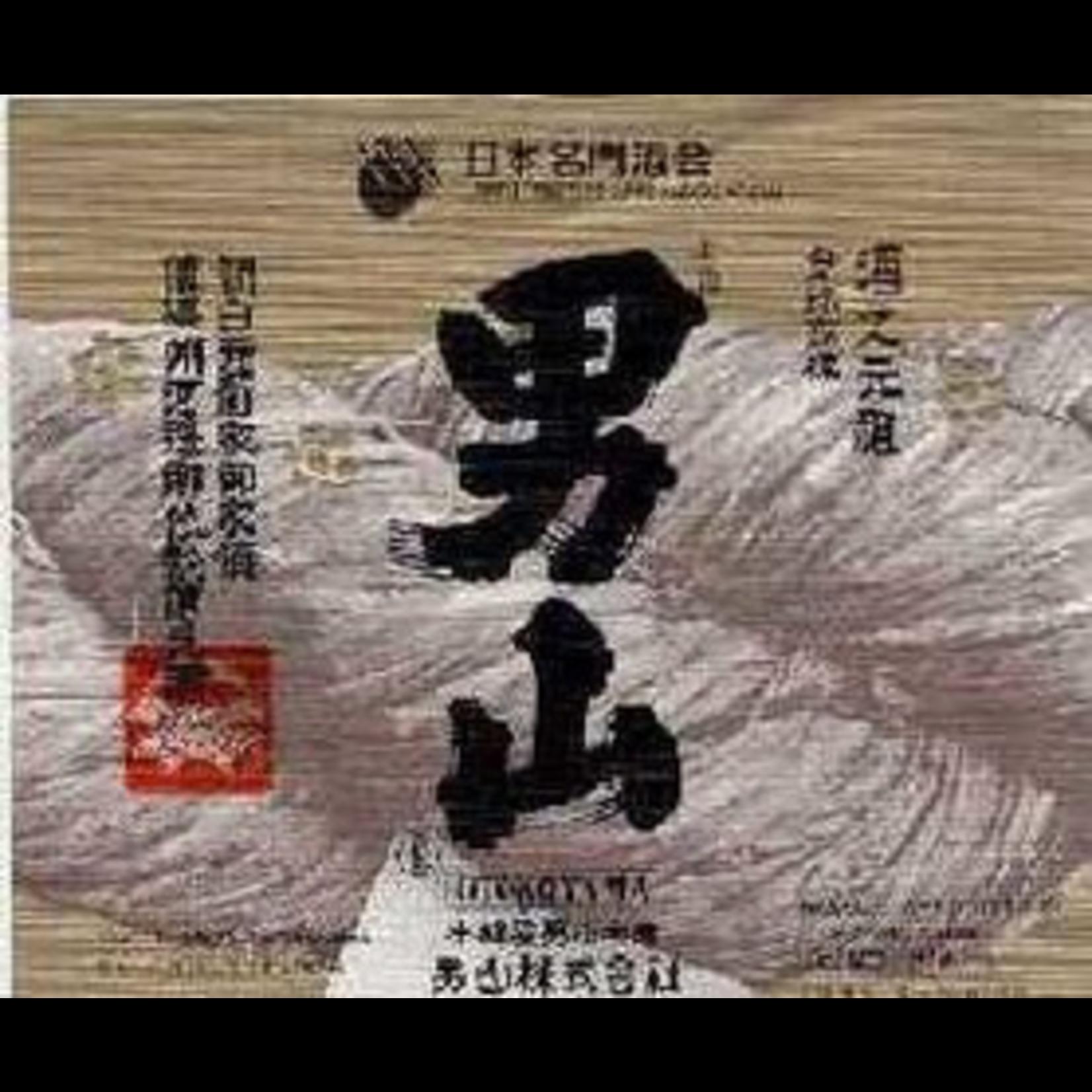 Sake Otokoyama Man Mountain Tokubetsu Junmai Sake 720ml