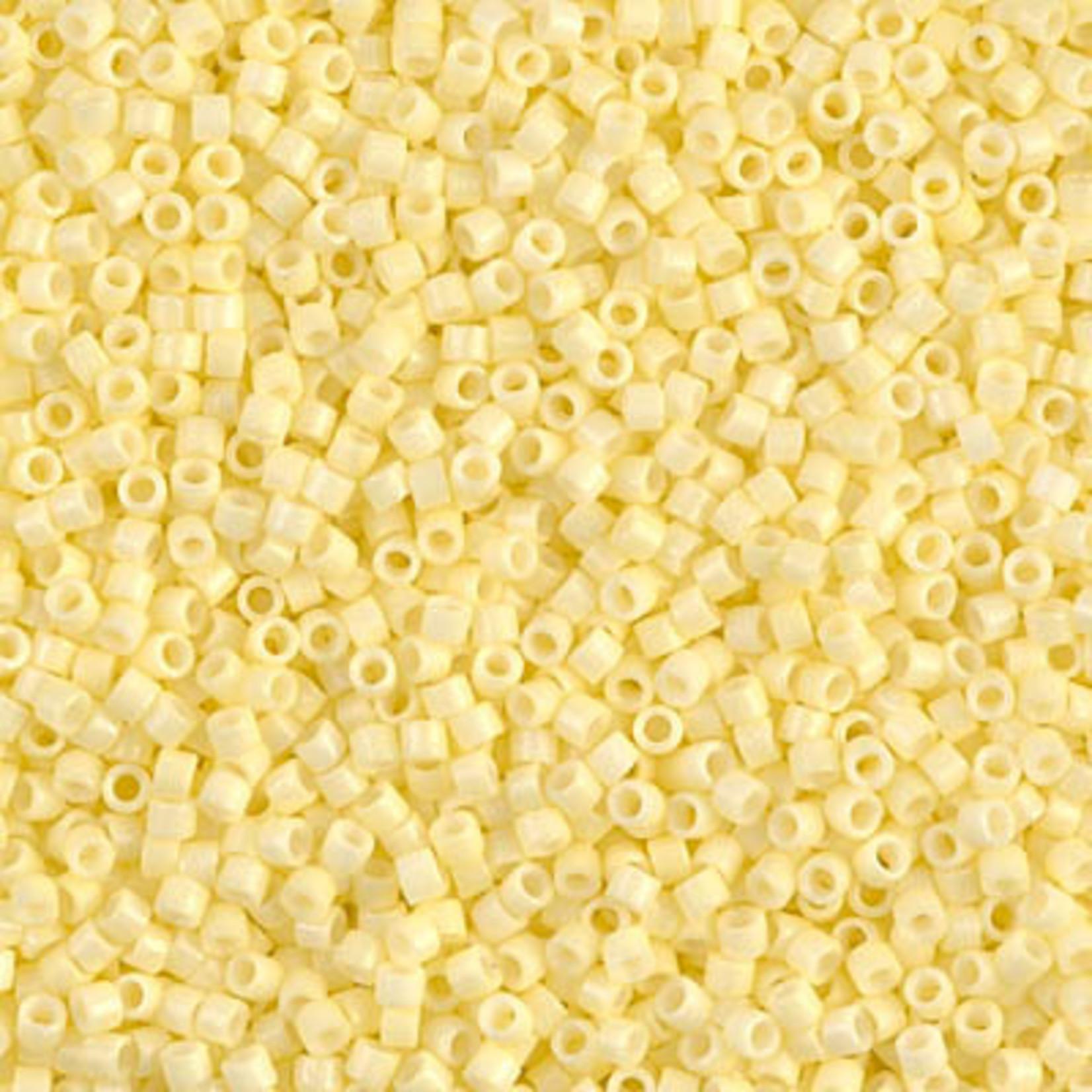 Miyuki 7.2 GM DB2101 11/0 Delica: Lemon Silk DC/O(D) (APX 1400 PCS)