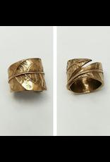 Cast Avocado Leaf Ring - Bronze