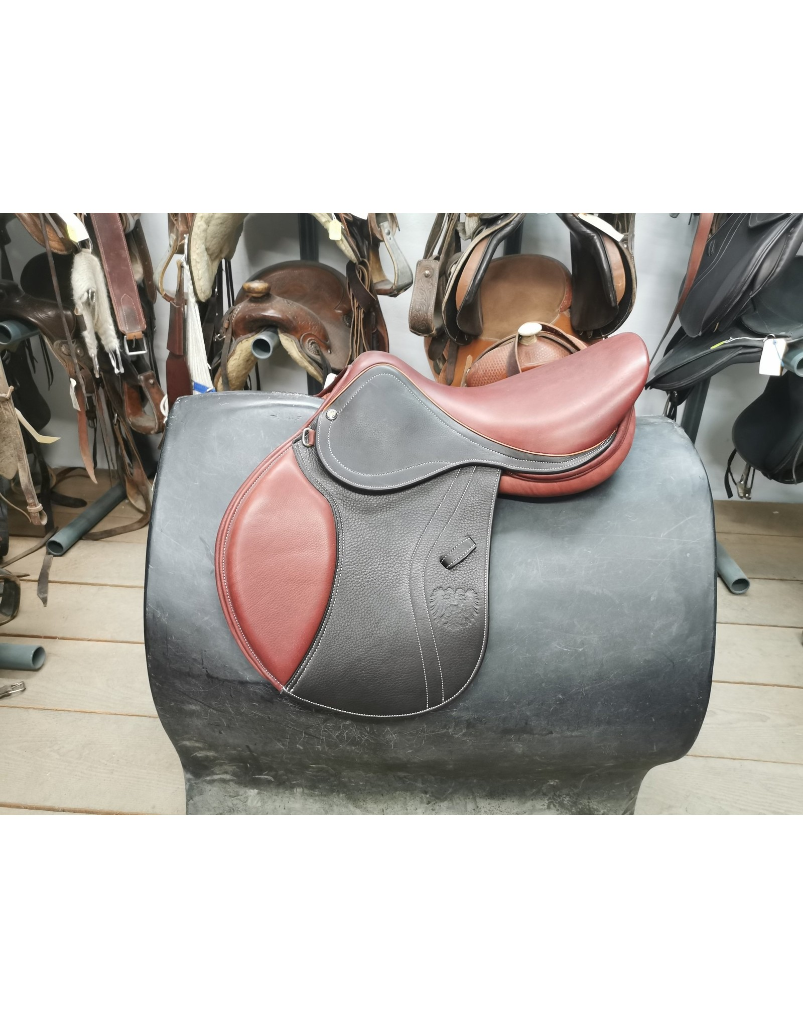 "17"" JA Saddlery Close Contact Saddle"