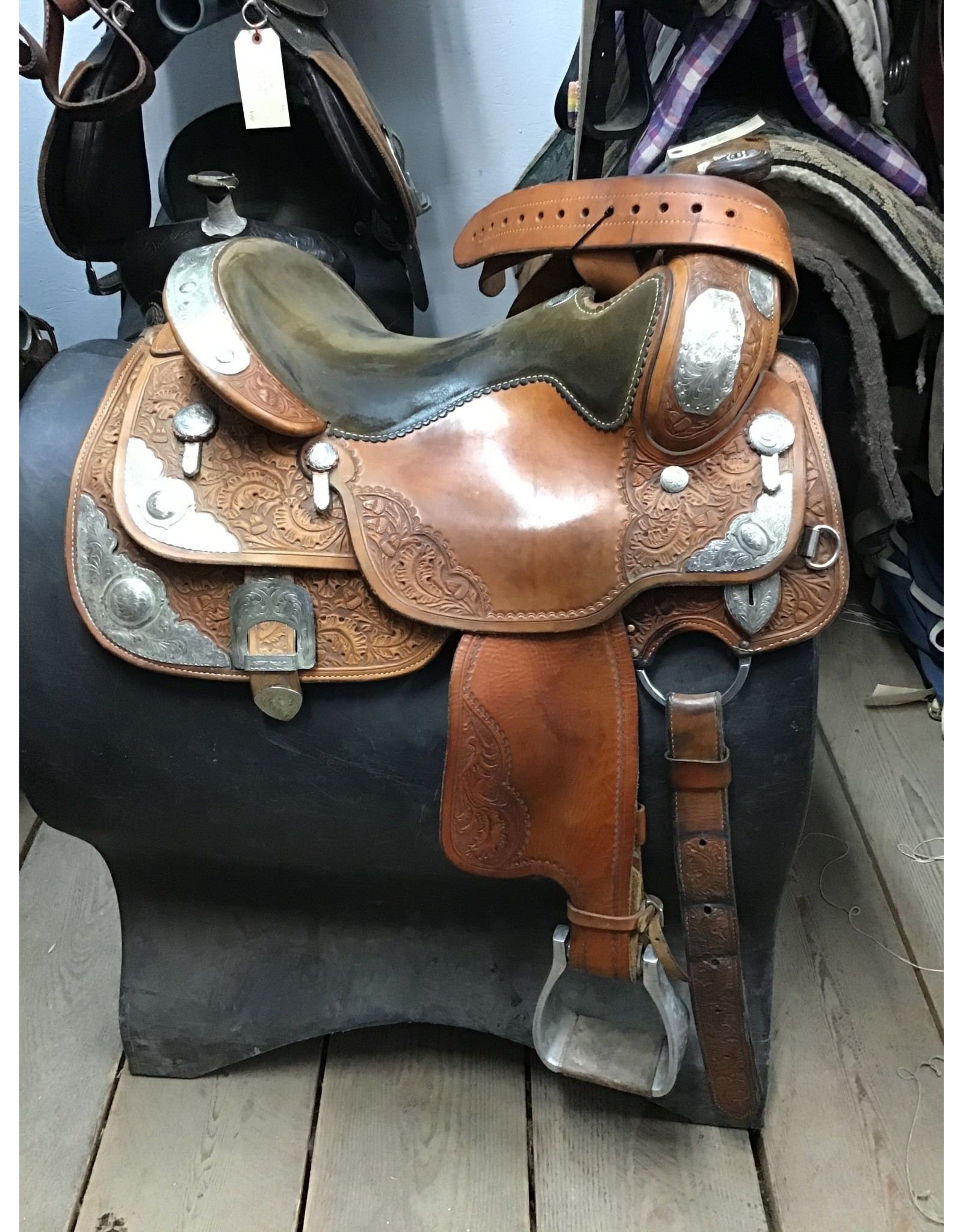 """16"""" Billy Cook Show Saddle w/ Extra Fenders"""