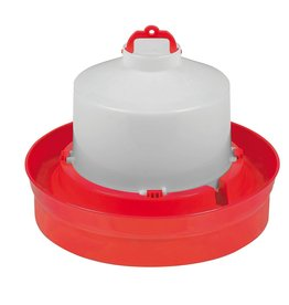 Miller Plastic Poultry Waterer w/ Deep Base