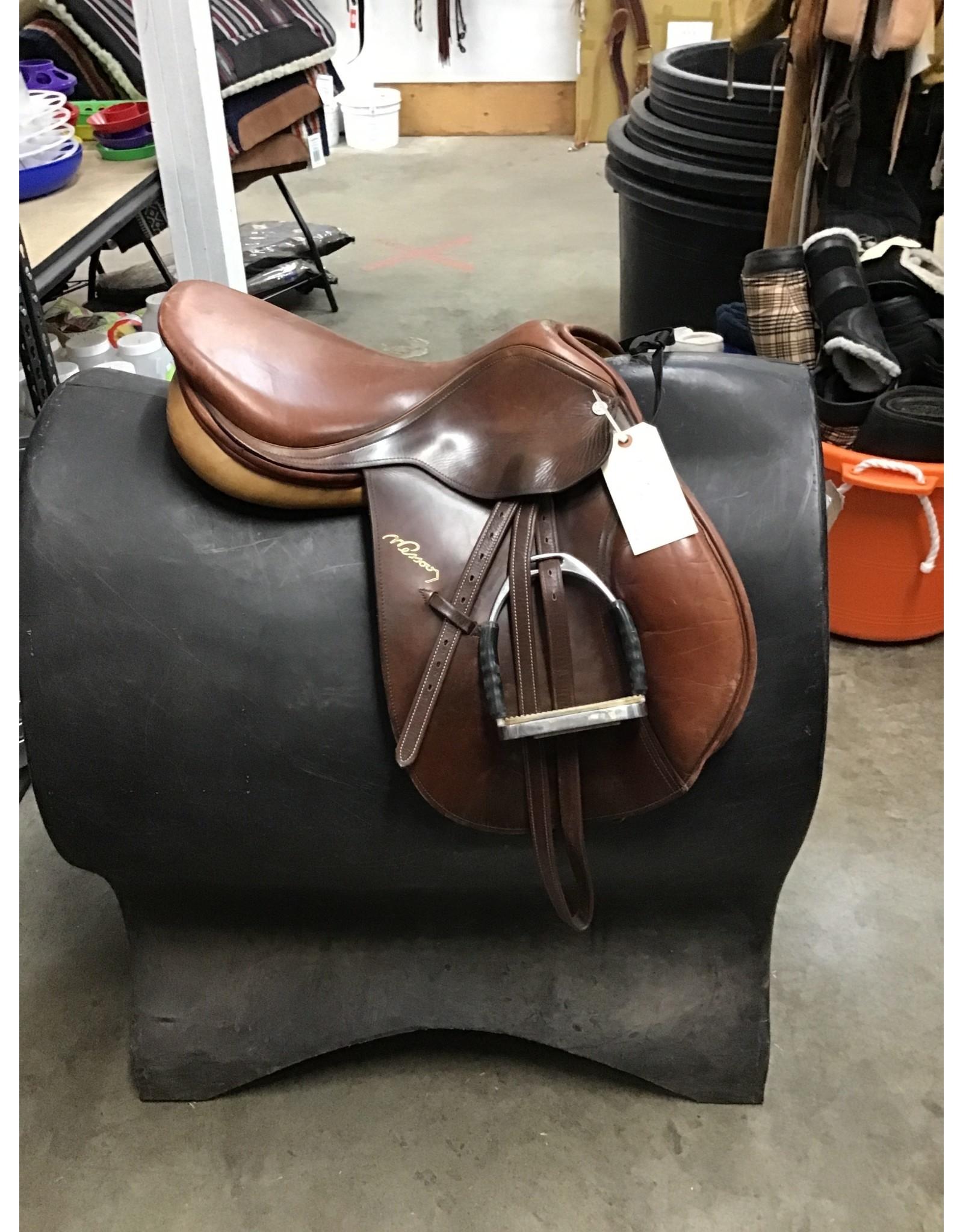 """17"""" Pessoa English Saddle w/ Stirrup Irons & Leathers"""