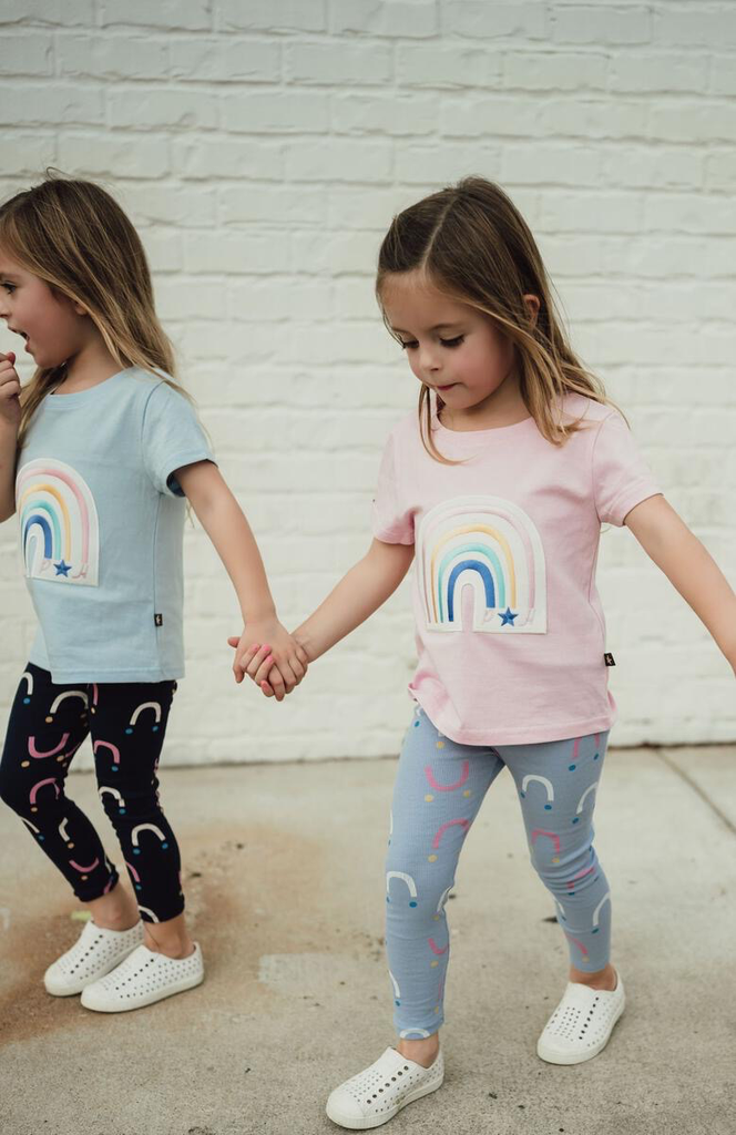 Petite Hailey Petite Hailey Rainbow Tshirt Pink