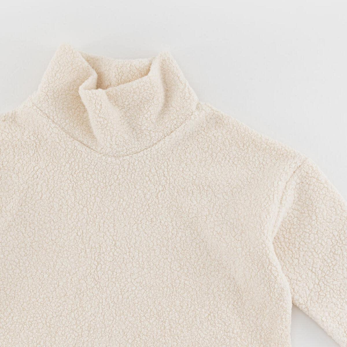 Thimble Thimble Funnel Neck Sweatshirt in Cream Sherpa