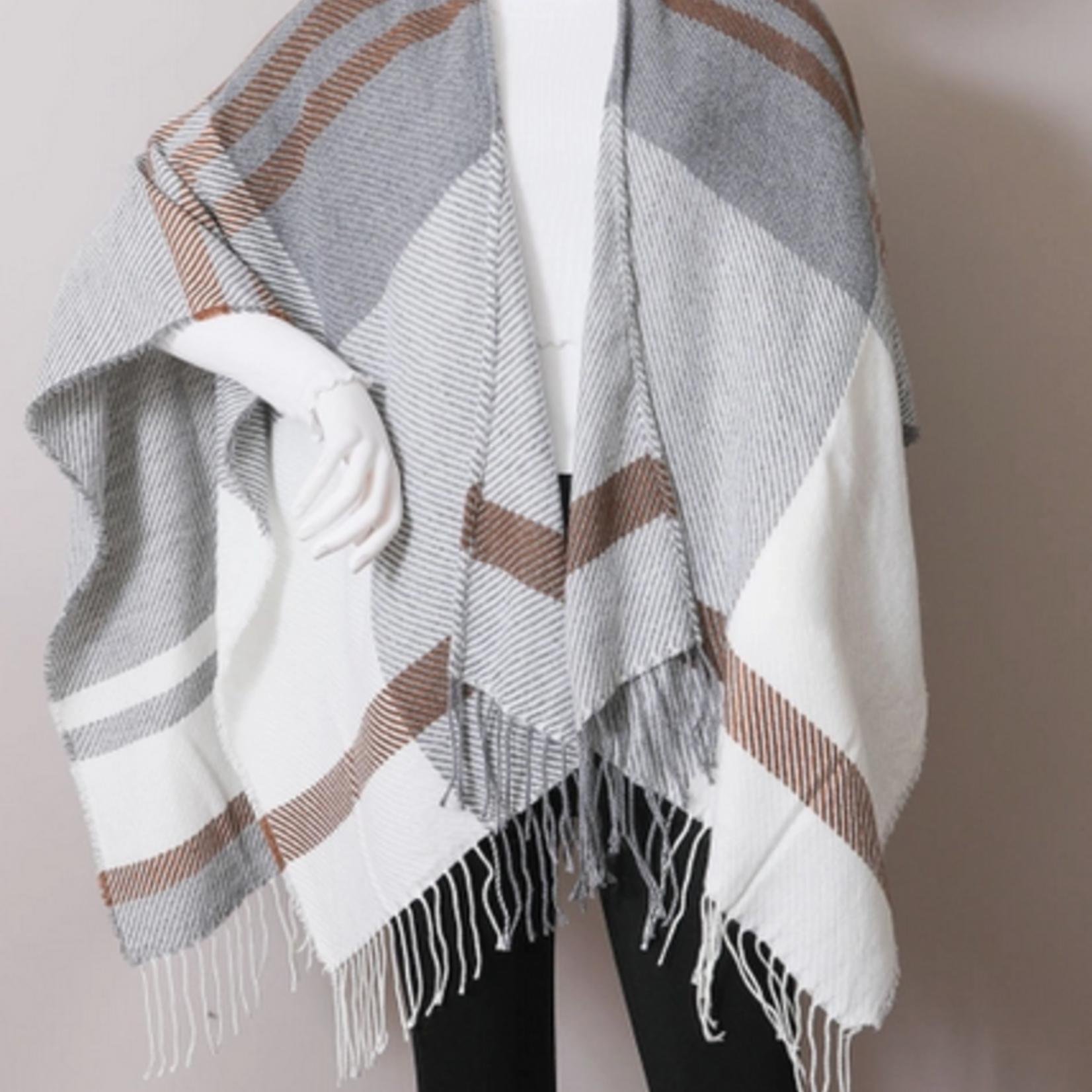 Leto Accessories Woven Flannel Tassel Ruana