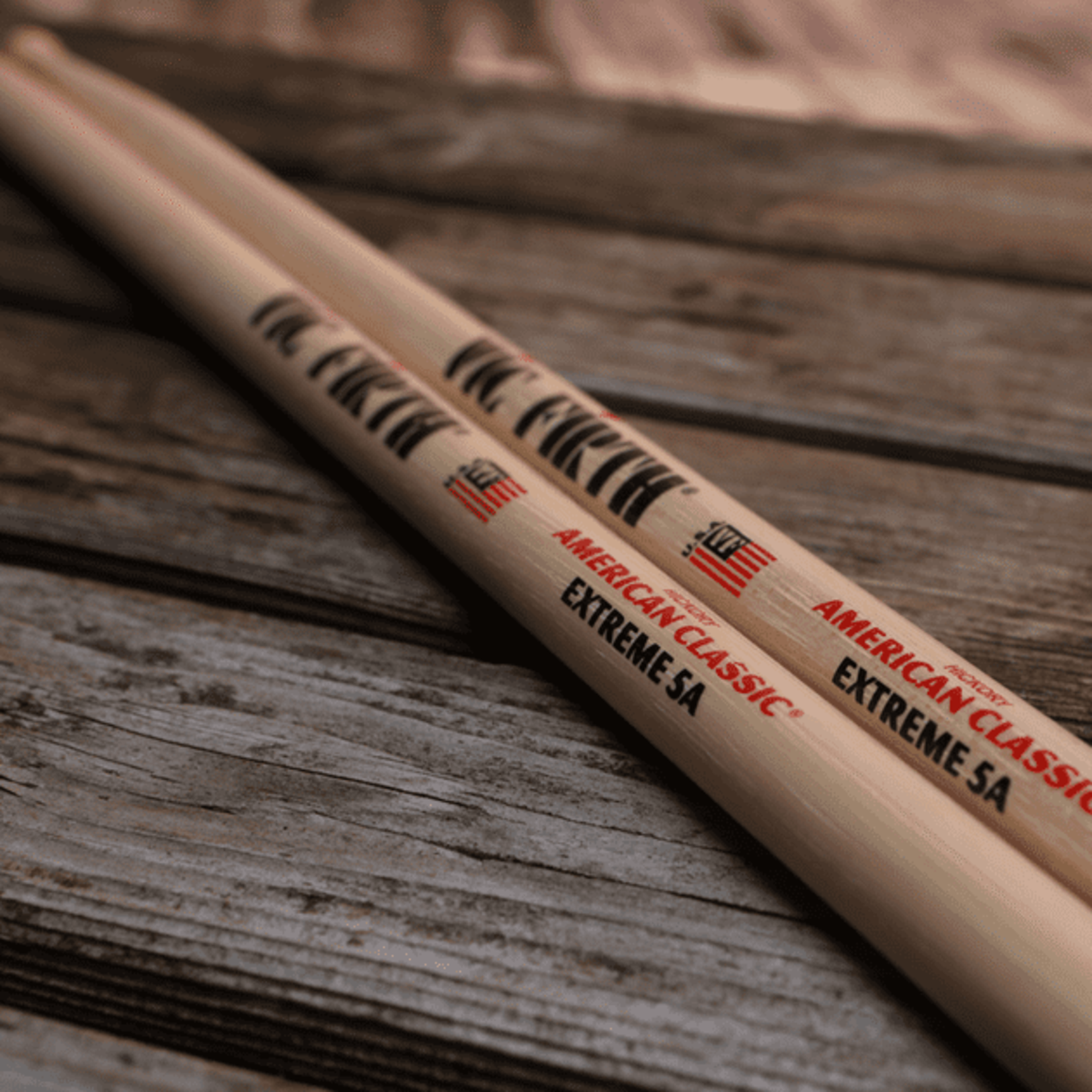 Vic Firth VIC FIRTH AMERICAN CLASSIC EXTREME 5A WOOD TIP (PAIR)