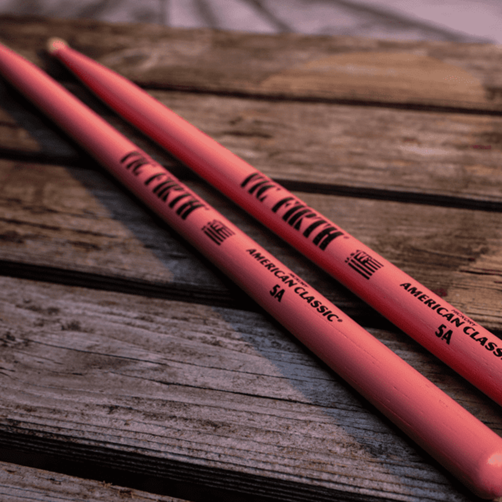 Vic Firth VIC FIRTH AMERICAN CLASSIC 5A PINK WOOD TIP (PAIR)