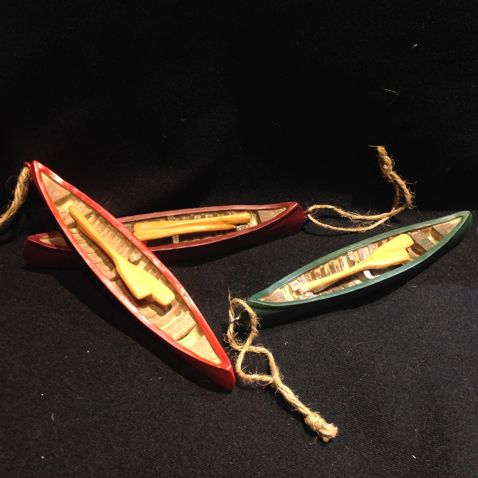 Canoe Ornament w/Paddles 3A