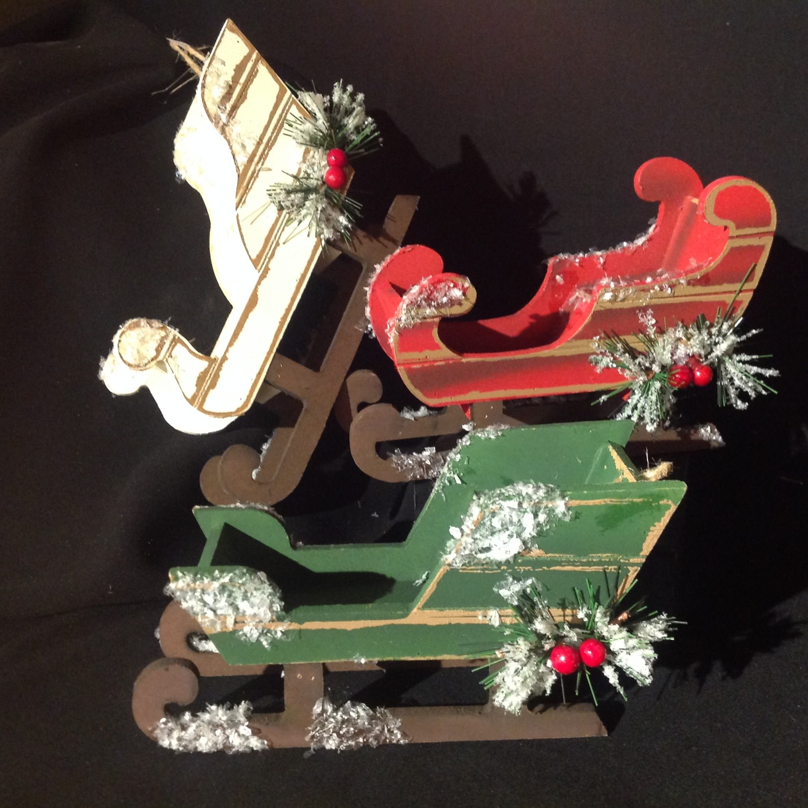 **Frosted Sleigh Orn 3A
