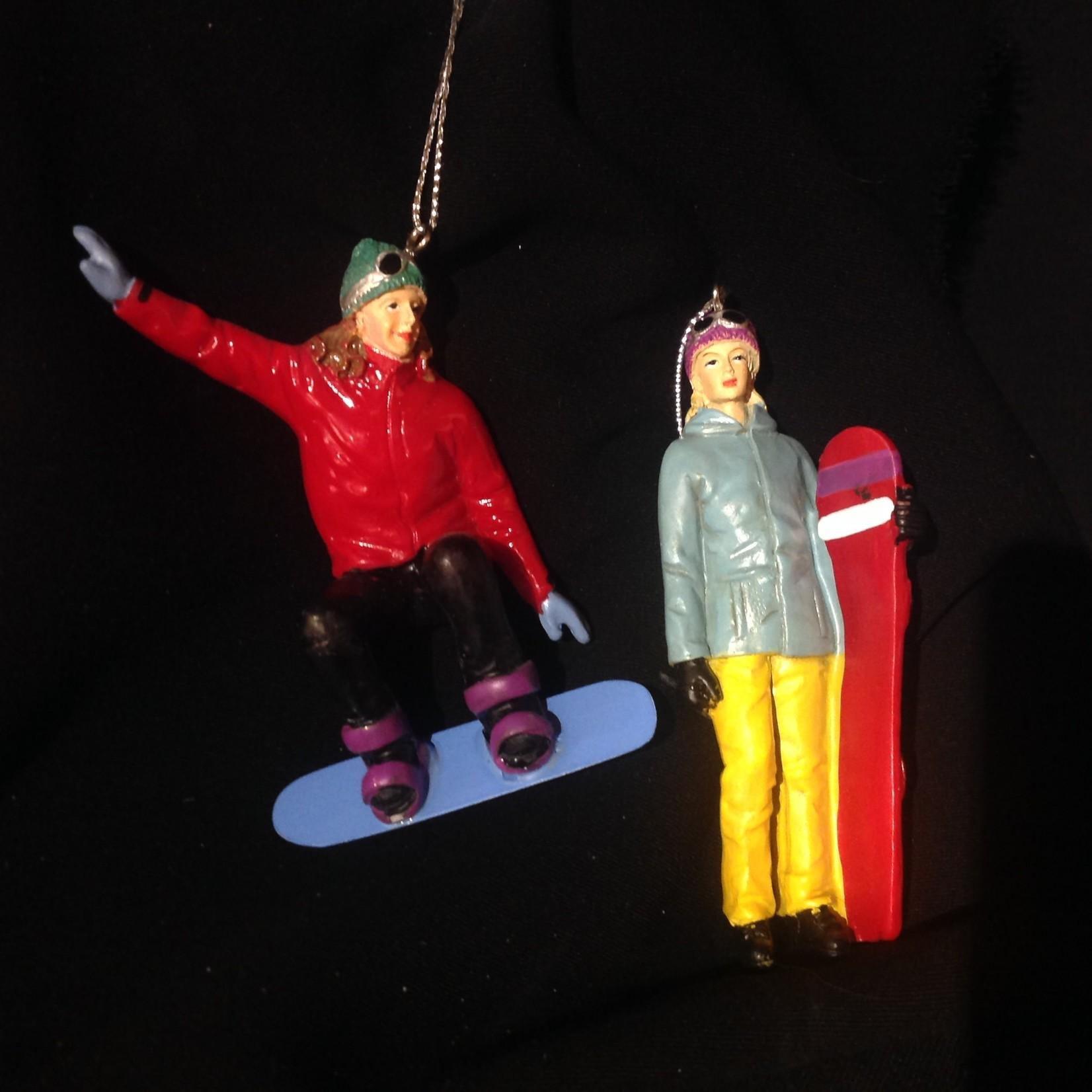 Woman Snowboarder Orn 2A