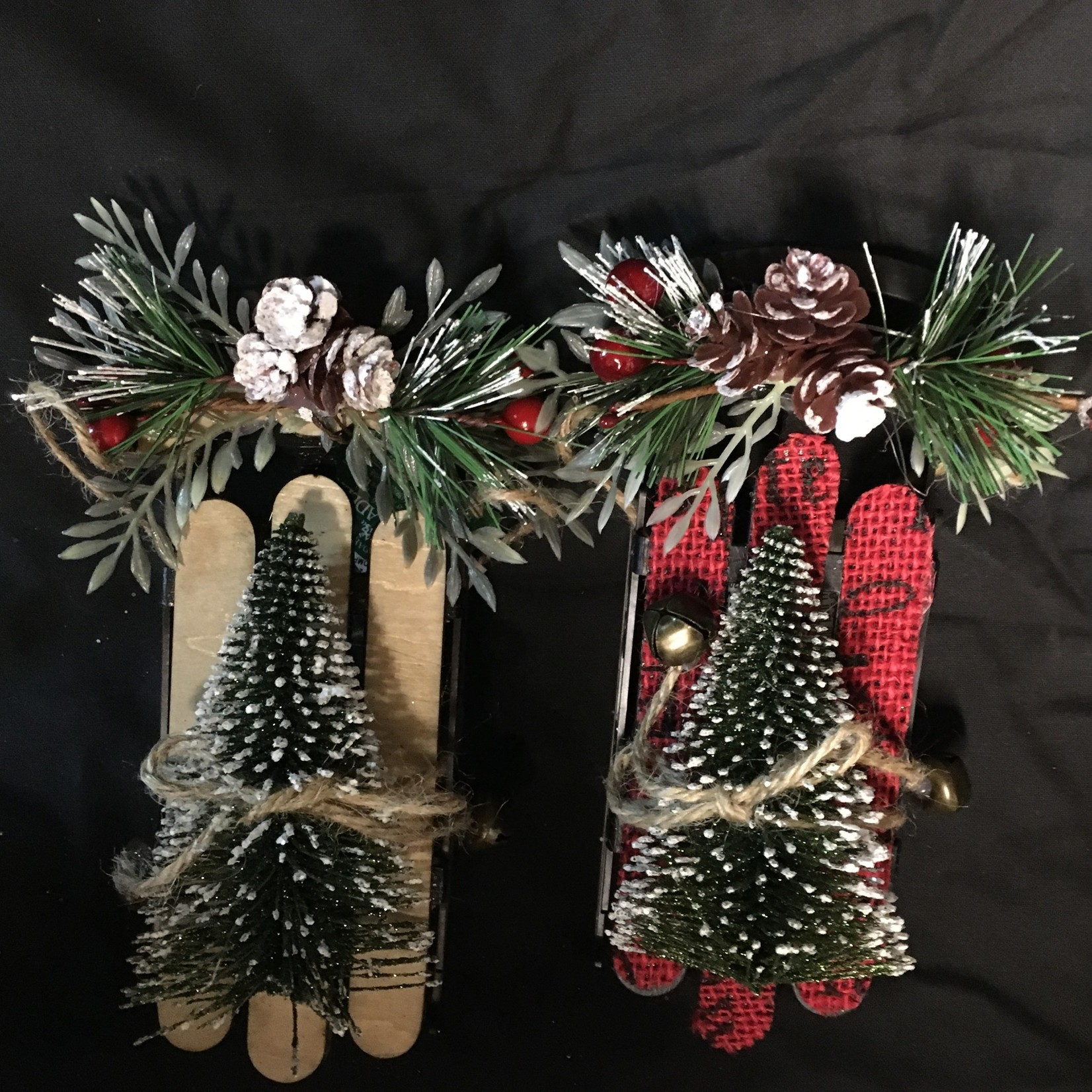 Sled w/Tree Ornament 2A