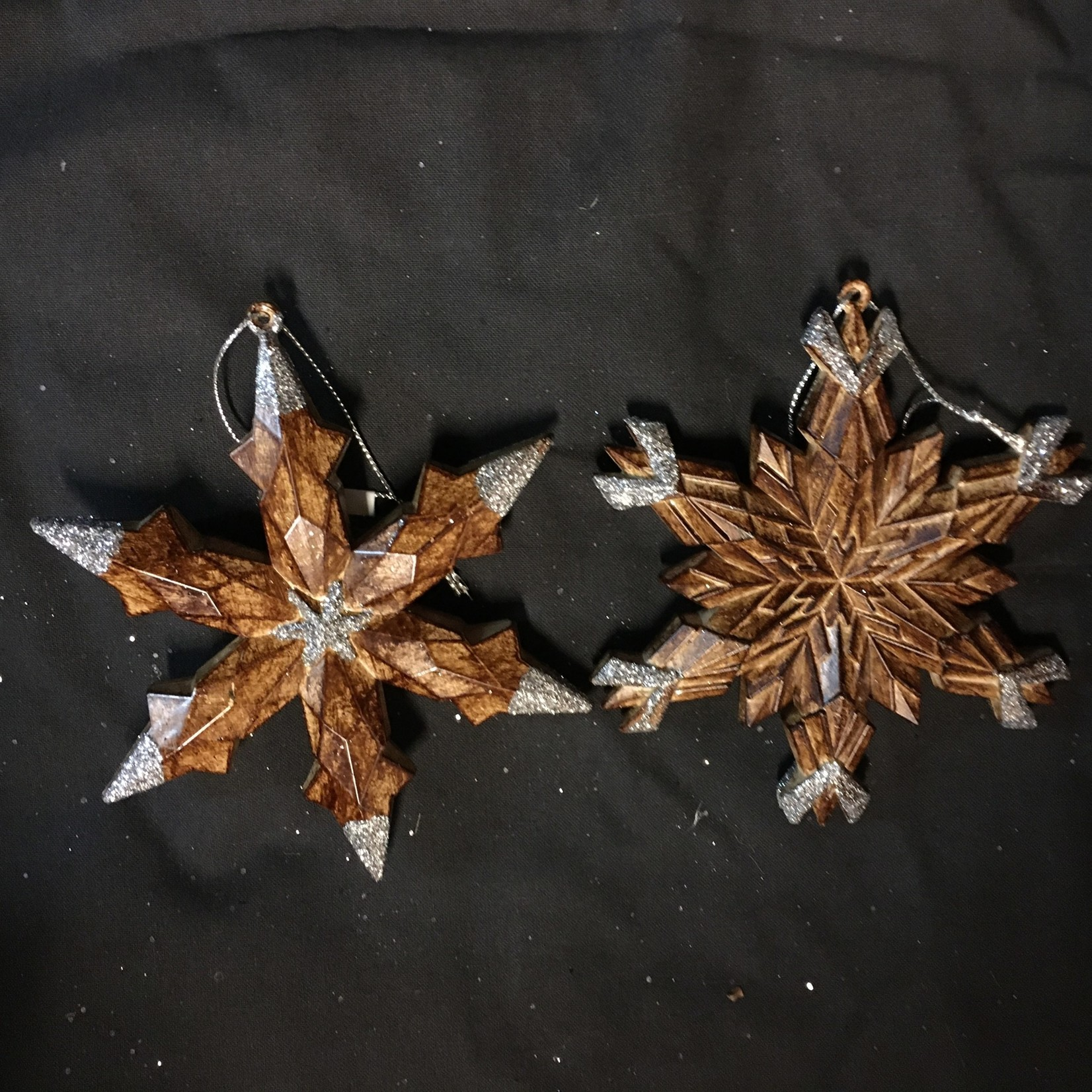 "5"" Wood Look Snowflake Orn 2A"