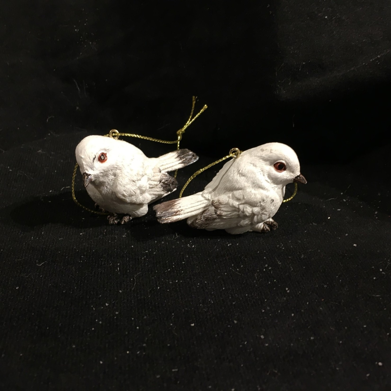 Winter White Bird Orn 4A