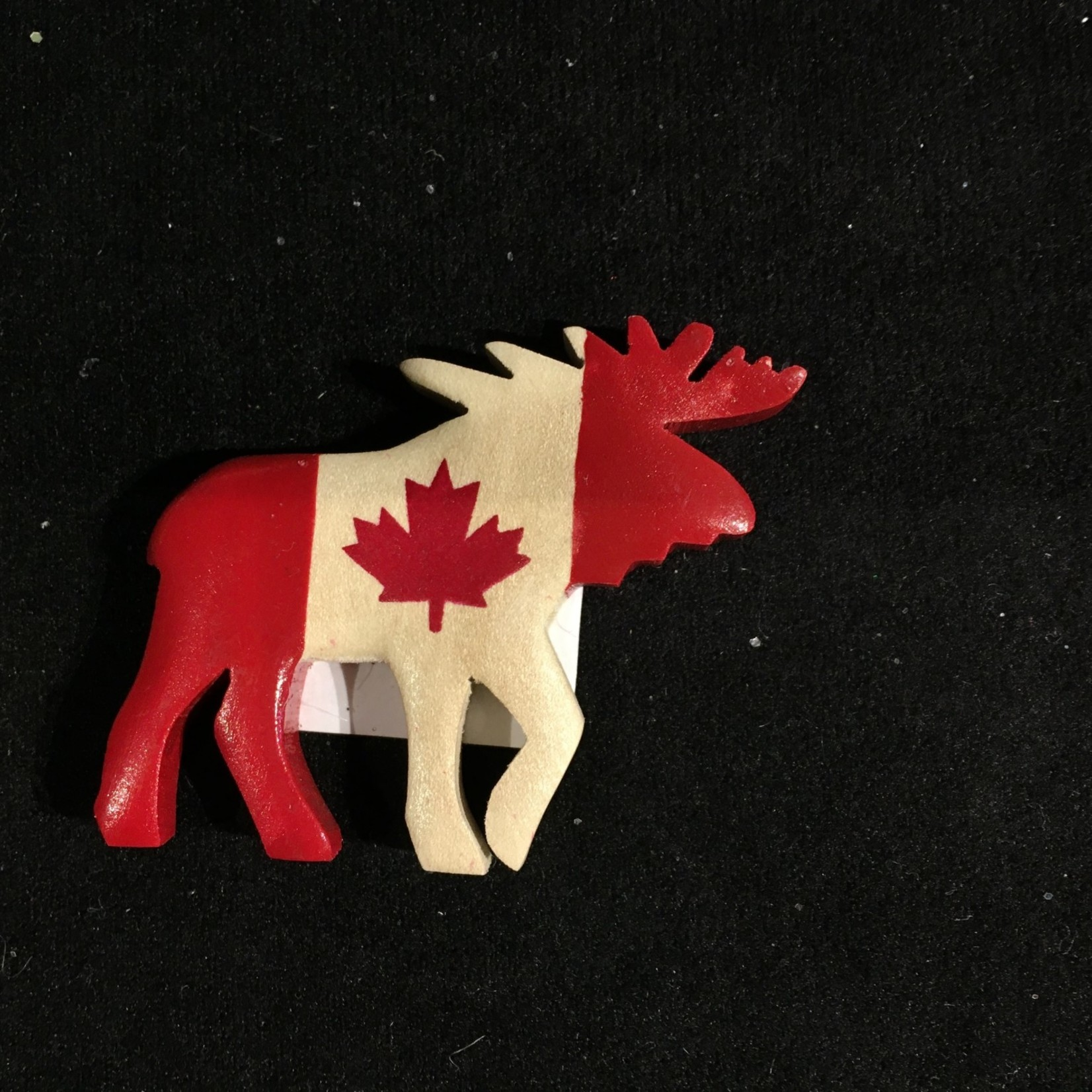 **Cdn Flag Moose Wood Magnet