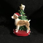 Brittany Dog w/Tree