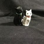 Cuddling Cats Salt & Pepper