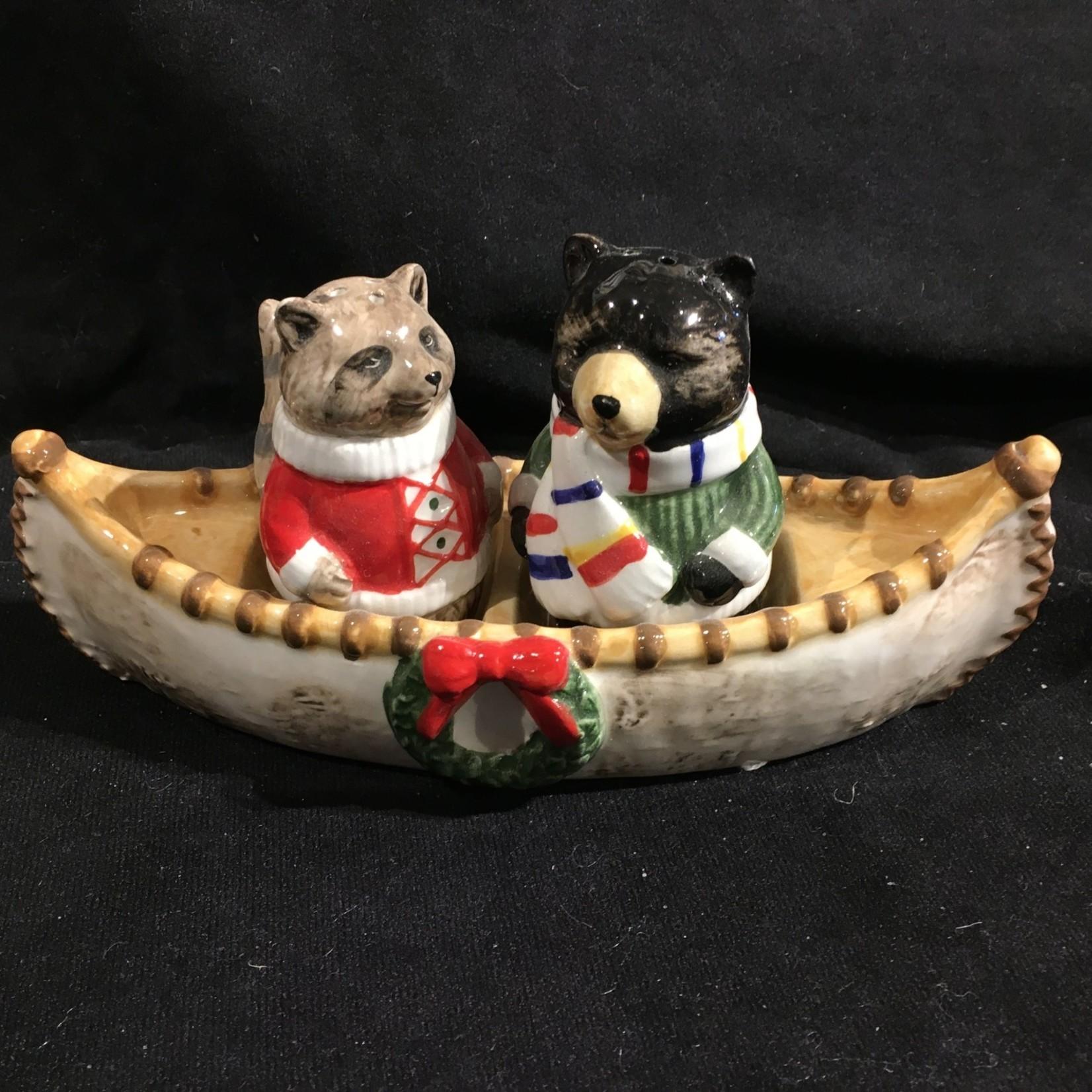 Bear & Racoon in Canoe S & P (no box)