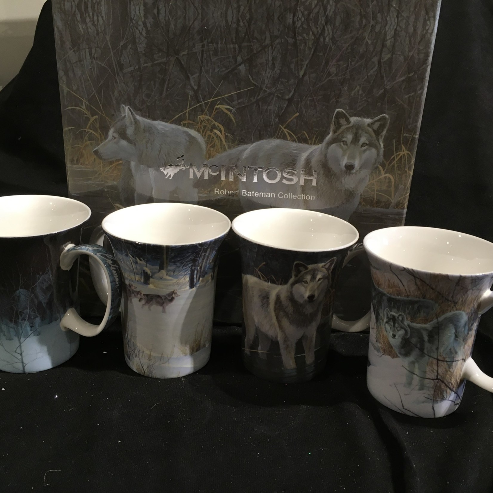 Bateman Wolves Mug (Set of 4)