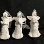 White Porcelin Angel Orn 3A