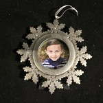 **Pewter Look Snowflake Photo Frame Orn