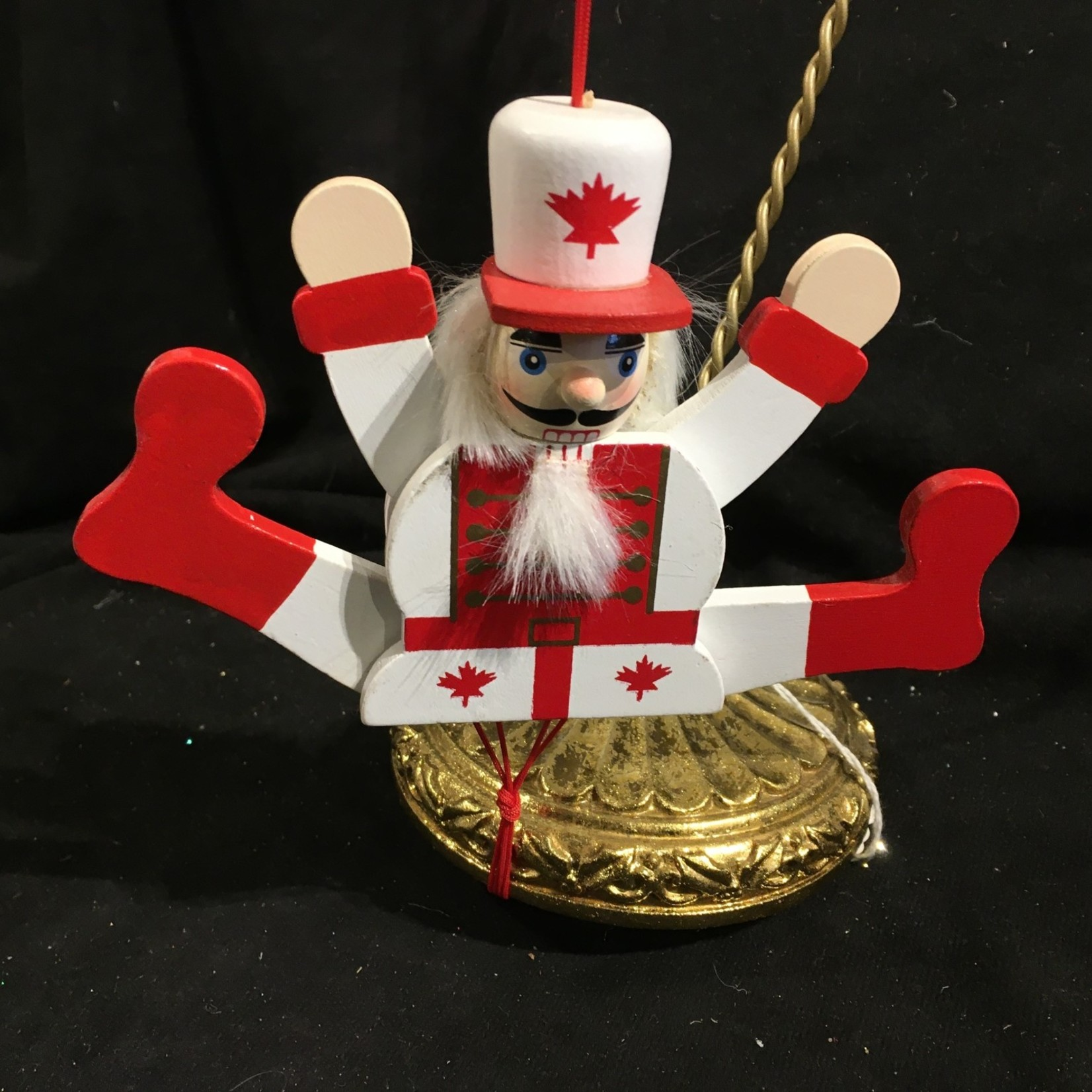 """6"""" Pull Maple Leaf Soldier"""